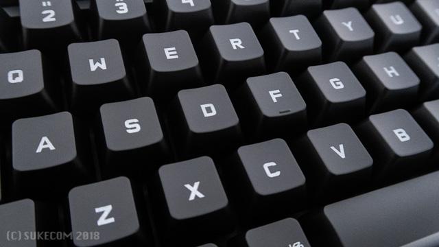 ゲーミングキーボードの例