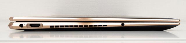 HP Spectre x360 15の左側面