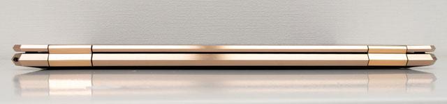 HP Spectre x360 15の背面