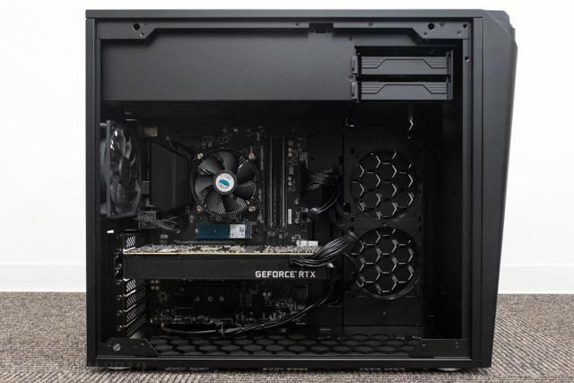 NEXTGEAR i690PA3-SPの内部