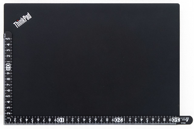 ThinkPad X280の大きさ