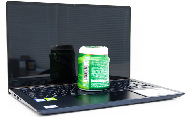 ZenBook 14のモニター