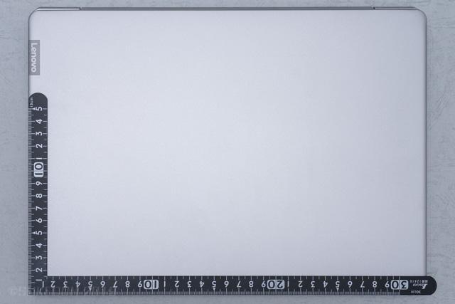 Ideapad 330S(14)のサイズ