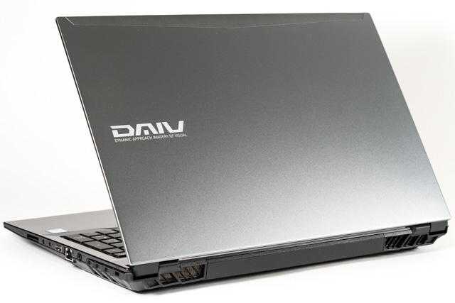 DAIVのノートPC